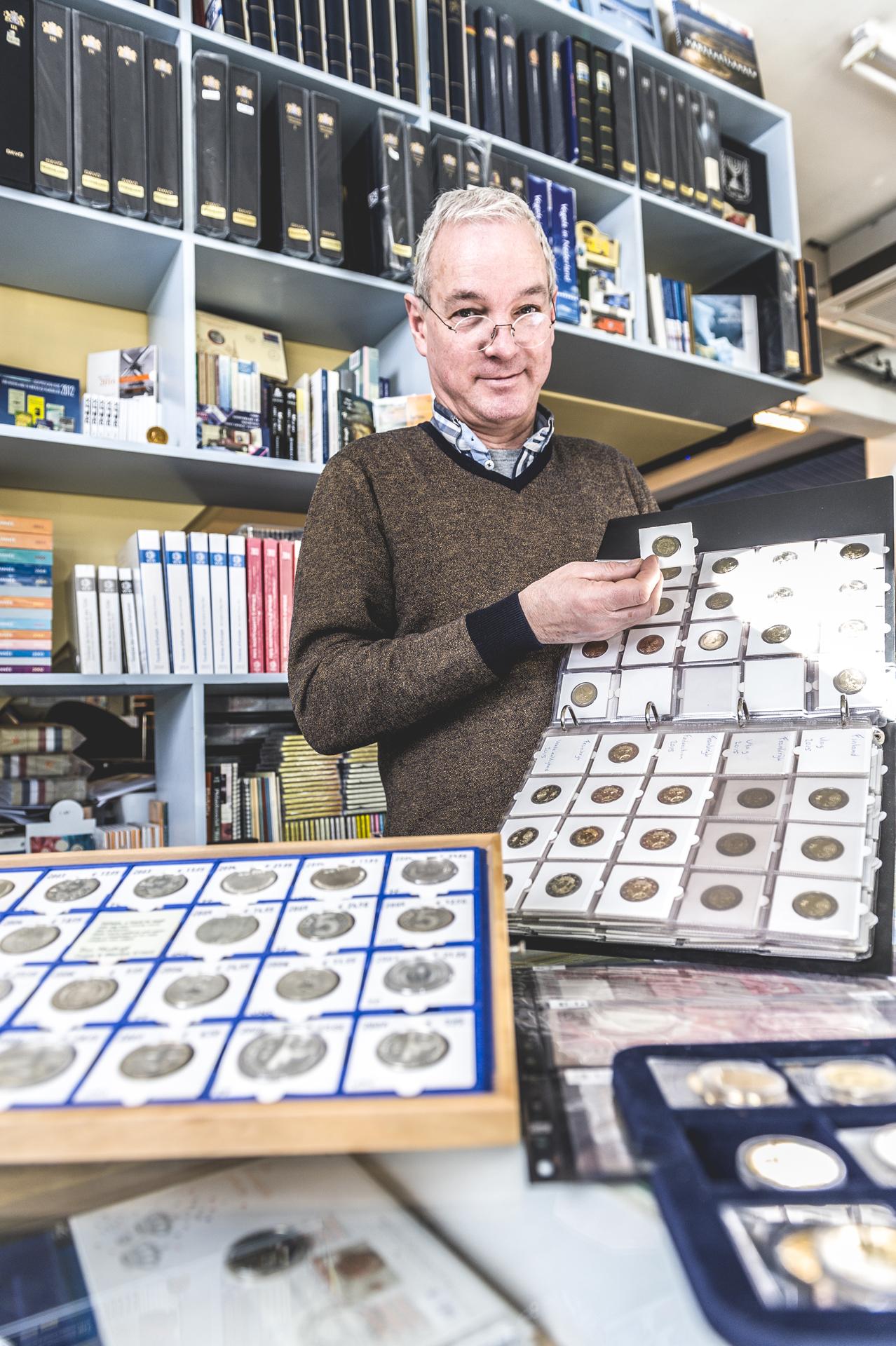 Van Mastrigt Coins & Stamps